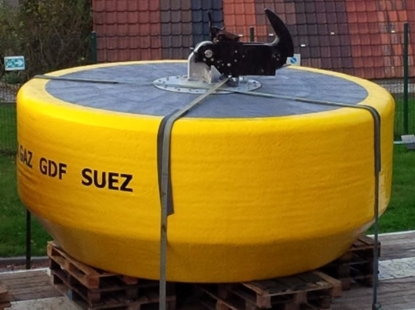Mooring buoy with steel frame